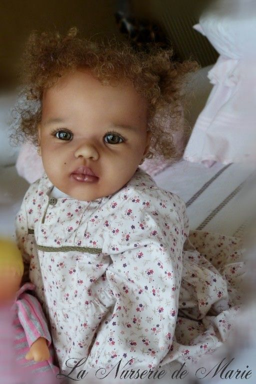 Beautiful Reborn Girl~ Can you believe this is a Doll, no really it is a collectable doll, not a real baby.  Amazing