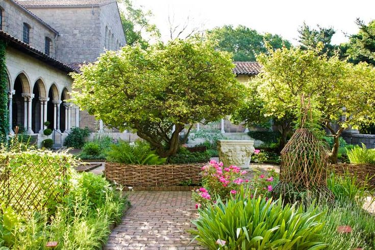 Medieval Garden Inspiration from The Cloisters - Old-House Online - Old-House Online
