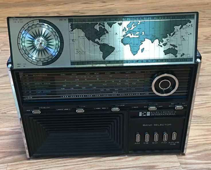 Vintage Solid State Short Wave Radio 1829 Vintage Electronics International