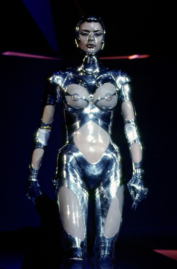 Thierry Mugler, fall/winter 1995-1996 #StyleAsylum