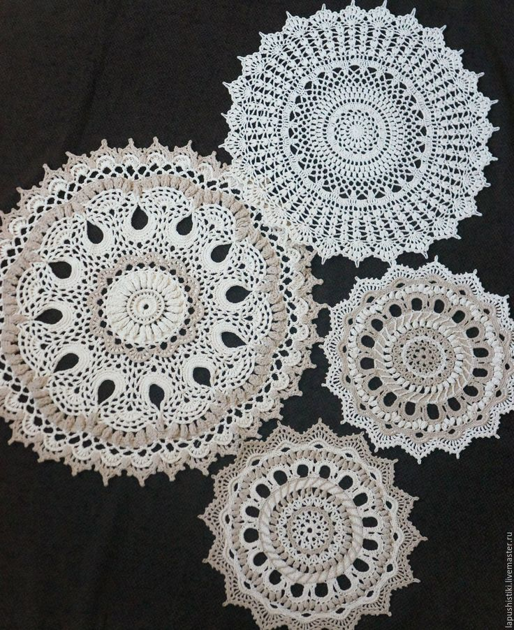 "Handmade dolilies / Вязаная салфетка ""Осенняя мелодия"" - бежевый, вязаная салфетка, осень, ажурное вязание, подарок"