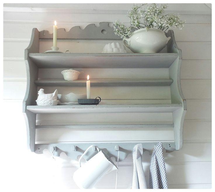 http://www.corneliashome.nl/a-45147852/kapstokken/brocant-frans-grijs-keukenrek-regaal/