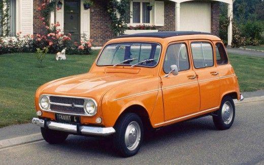 Renault 4 mit Revolverschaltung und Stahlrohr sitzen grausiges Auto unserer war Grün