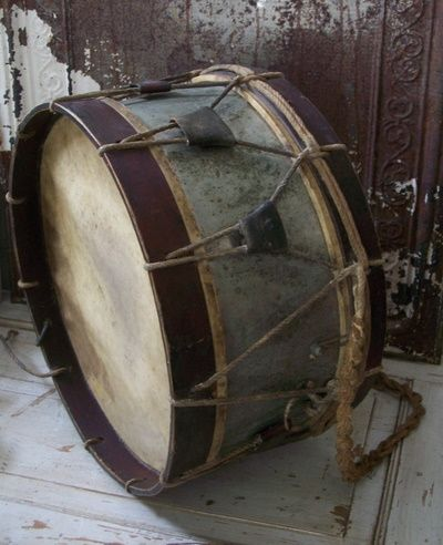 Love to have this vintage drum
