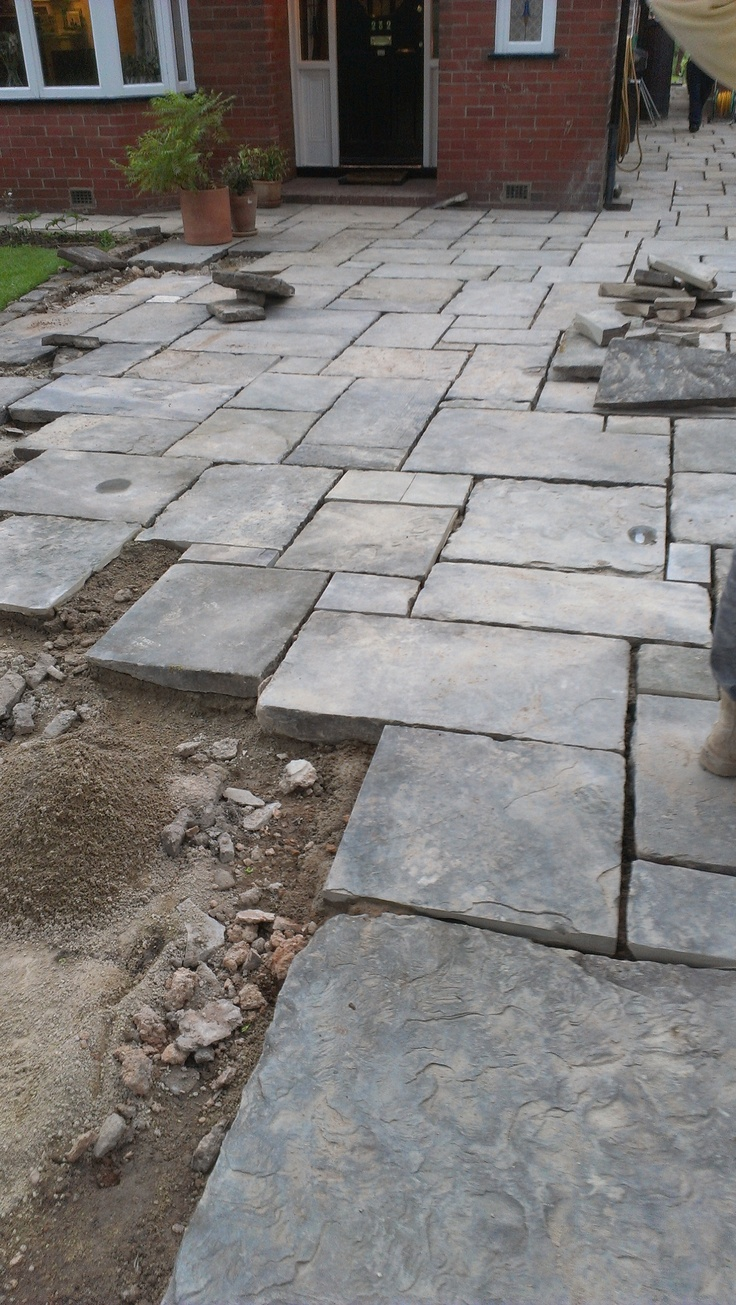 Reclaimed yorkstone - it's unmistakable riven appearance makes for one of the most attractive of natural stone paving. New and reclaimed flagstones are avilable. However, it can be expensive