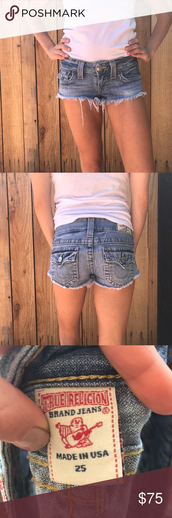 True Religion Denim cut offs🎉30% OFF ANY BUNDLE Excellent condition used true Religion. No flaws at all. Size 25. No trades. Bundle and save  #truereligion #cutoffs #denim #jeanshorts True Religion Shorts Jean Shorts
