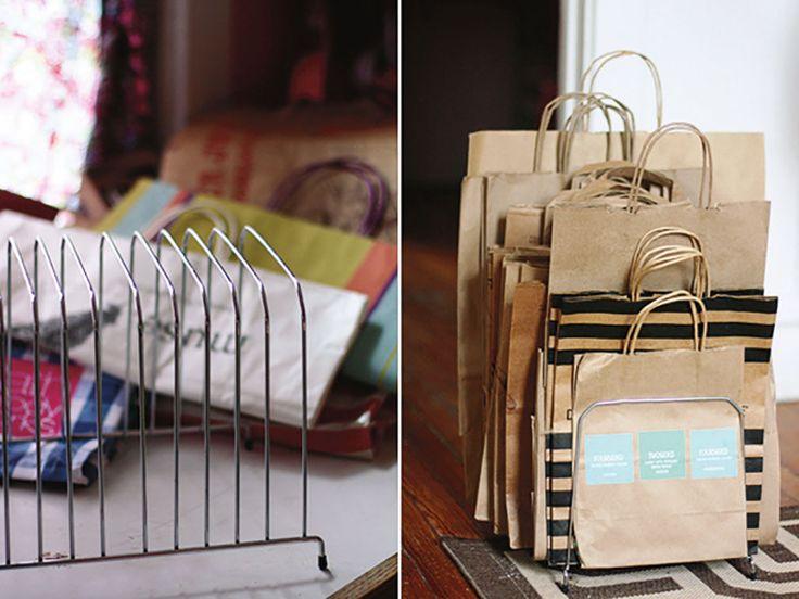 Come tenere in ordine e riutilizzare i sacchetti della spesa