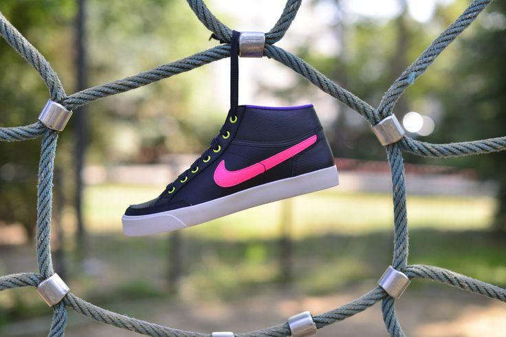 Nike Capri 3 Mid Ltr (GS) (580411-006)