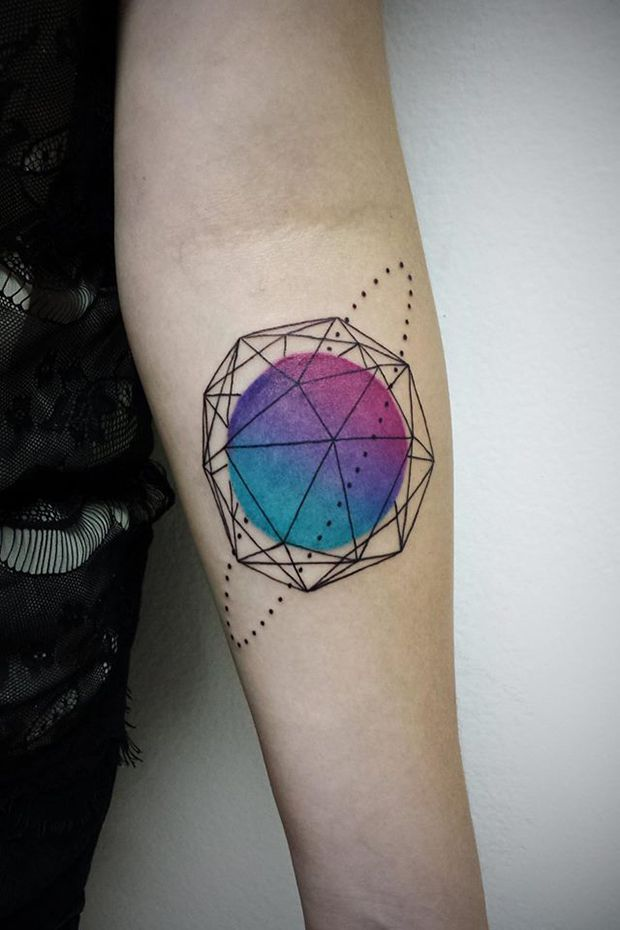 #tattoofriday - As tatuagens abstratas de Aline Watanabe; Brasil.: