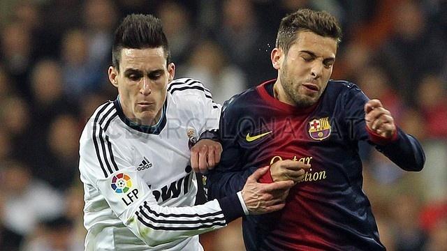 A brazo partido. Jordi Alba, FC Barcelona | 2013-01-30 OTRO MADRID-BARCELONA.