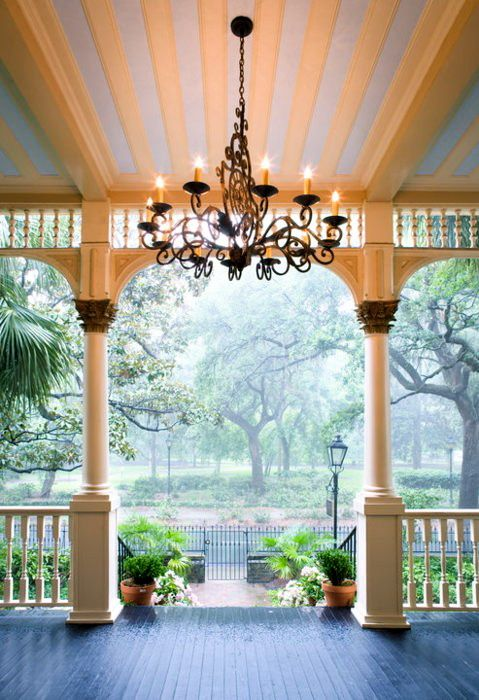 Porch entrance. Don't know what I think of the chandelier. But porches are pretty much amazing. :)