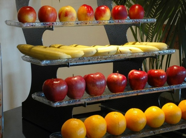 18 best images about buffet idea on pinterest glass for Canape display stands