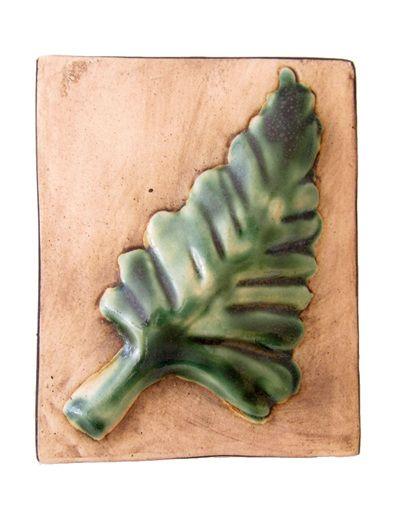 WJ21 Ceramic wall hanging depicting a Fern leaf.