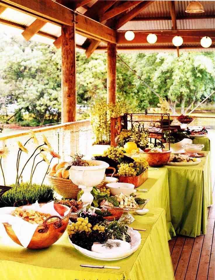 wedding reception dinner ideas on budget%0A Affordable Wedding Food Ideas
