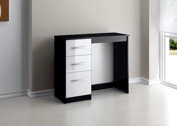 http://www.bonsoni.com/bonsoni-mdp-lynx-3-drawer-dressing-table-black-white  This Bonsoni MDP Lynx 3 Drawer Dressing Table Black & White is a beautiful piece of Dresssing table demostrating the Bonsonis unparallel quality and workmanship. This Lynx 3 Drawer Dressing Table Black & White comes in 1 boxes.   http://www.bonsoni.com/bonsoni-mdp-lynx-3-drawer-dressing-table-black-white
