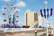 Top 10 Virginia Beach Boardwalk Attractions
