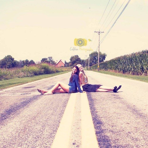 Go along with her crazy ideas….   37 Impossibly Fun Best Friend Photography Ideas