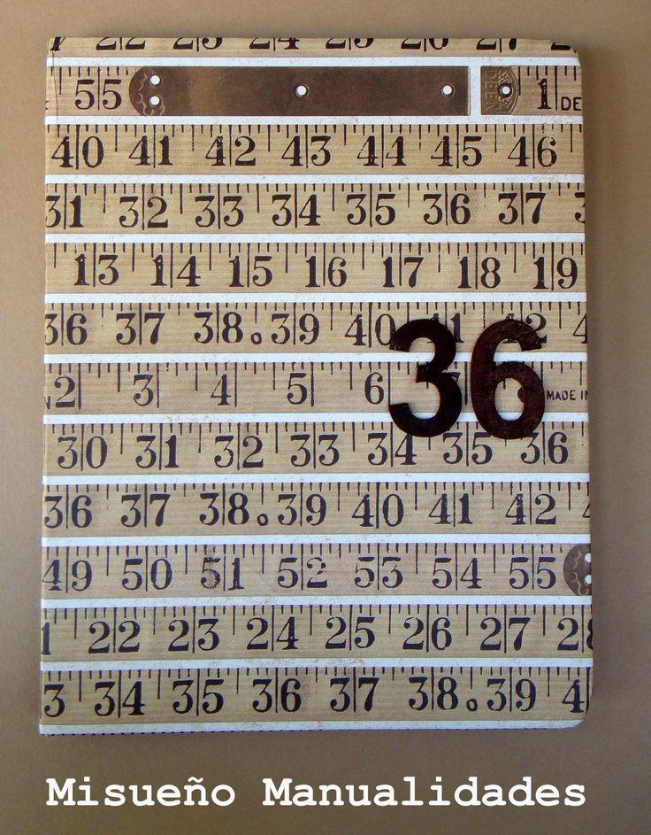 """Libreta forrada con papel """"centímetro"""". El papel está a la venta en Tinta Gris, c/ Amigó, 49 en Barcelona.  www.misuenyo.com / www.misuenyo.es"""
