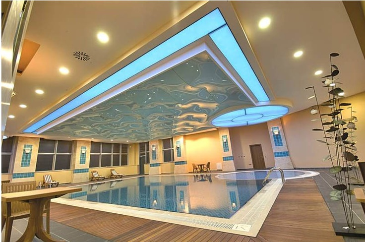 Modern And Luxurious Indoor Swimming Pool Ceiling Design
