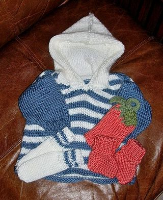 free knitting pattern.   Baby Hoodie from Coats  Clark