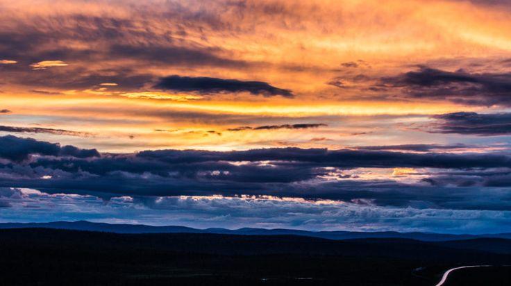 Midnight sun photography tour in Rovaniemi, Lapland, Finland