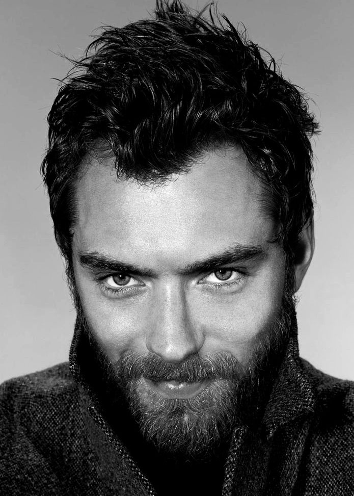 Jude Law. WIth a beard looks good, without a beard looks good. This man can not look bad.