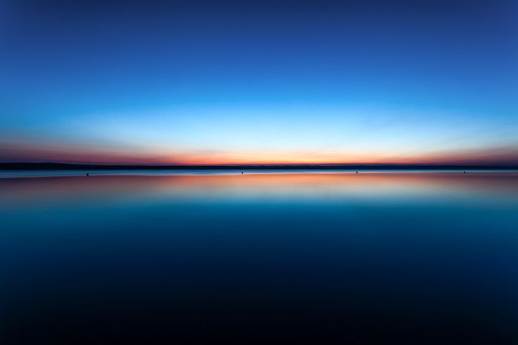 Check out the winning image of the Leica Fotopark #bluehour challenge! Shot by Erich Stiermayr.