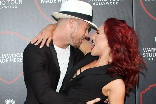 We're not sure @SharnaBurgess & her boyfriend Paul Kirkland could be cuter if they tried http://jus.tj/oqv