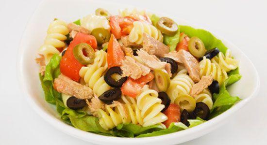 Healthy Fish & Seafood Recipes: Tuna Salad Lettuce Cups. #HealthyRecipes #DietRecipes #WeightlossRecipes weightloss.com.au