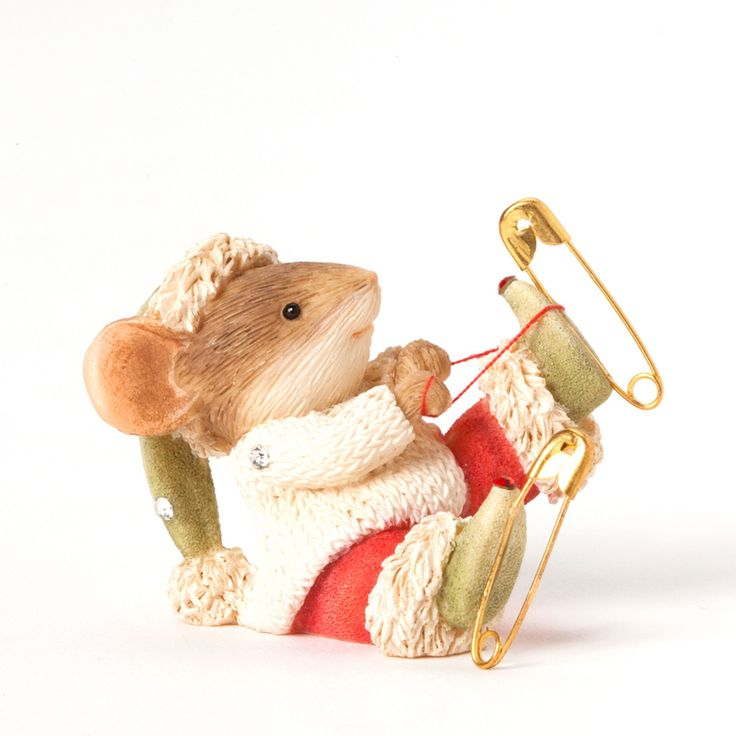 Mouse with Ice Skates Figurine