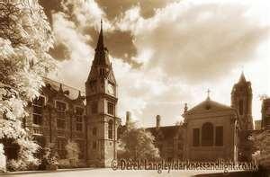 Pembroke College, Oxford. Looks so pretty!