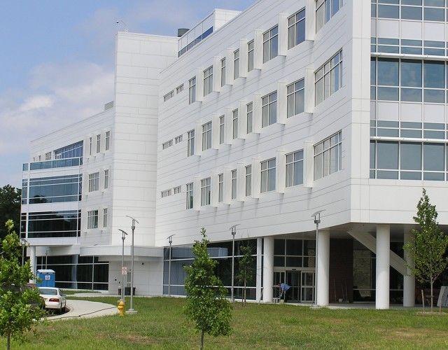 Gateway Academic Building - larson®  - (USA)