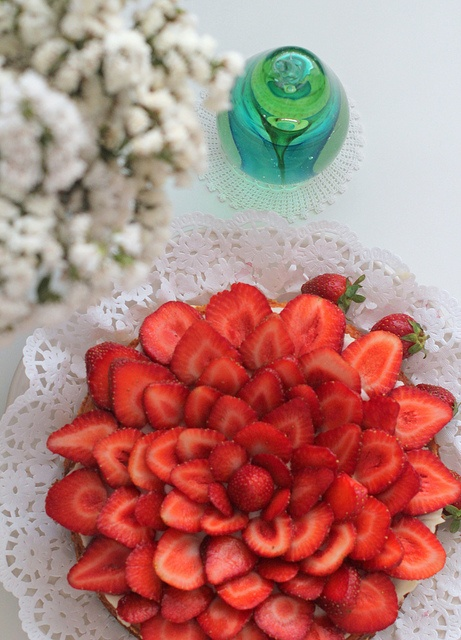 Strawberry cheesecake by cafe noHut, via Flickr