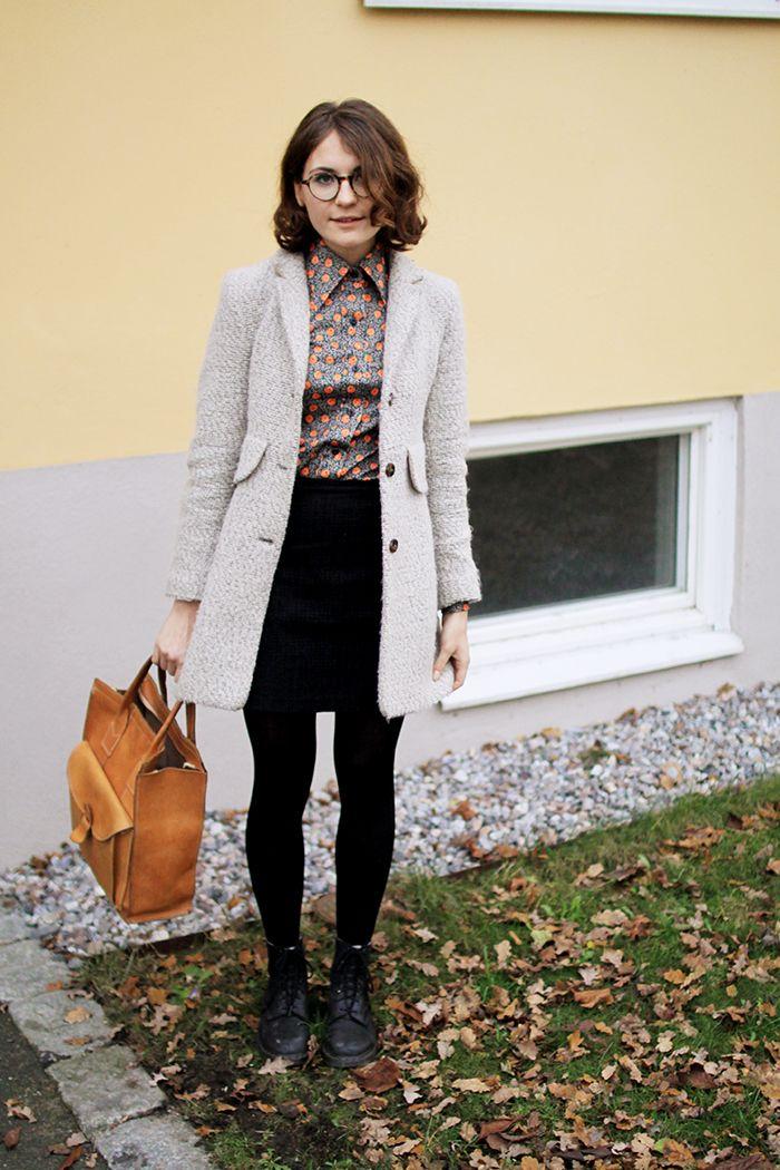 wilderness, blogger, fashion, glasses, bob, H&m long grey coat, tan bag, skirt, blouse, style