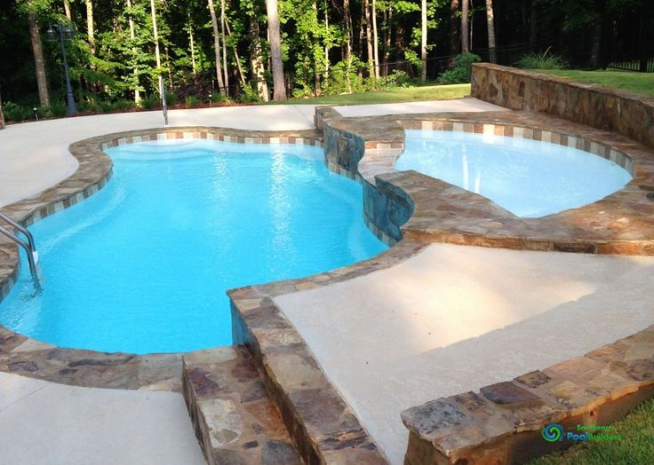 swimming pool Layered Swimming Pool Design With Stainless Steel Grip At The Backyard How to Determine the Great Pool Builders