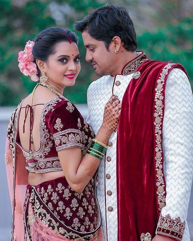 Cute Couple Poses In Saree