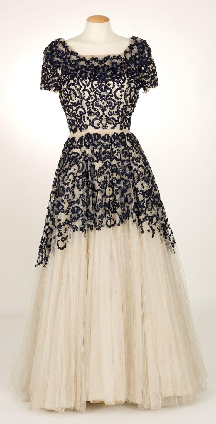 Evening Dress, Santa Eulalia: ca. 1943-1946, Spanish, silk, taffeta, needle lace, tulle, sequins; appliqué.