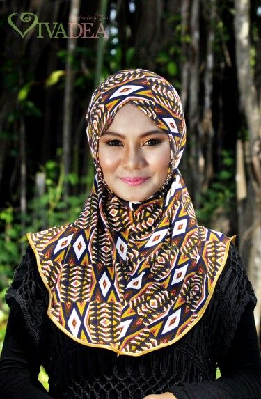 Change your face shape with NAINA scarf and stay comfy with it dearies! ♥   #hijab #fashion #vivadea   get one for you only at www.vivadea.com