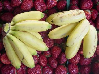 Fresh Fruit Smoothie Facial: Facials Recipes, Banana Brownies, Strawberries Smoothie, Brownies Trifles, Raw Desserts Recipes, Strawberries Bananas, Strawberry Banana, Bananas Brownies, Sweetest Kind