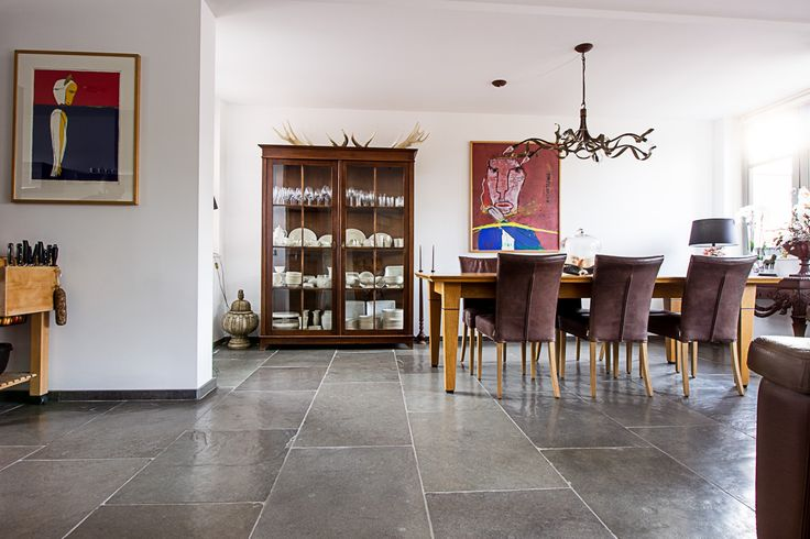 17 beste idee n over paarse woonkamers op pinterest paars interieur paarse accenten en paarse - Beige kamer en paarse ...