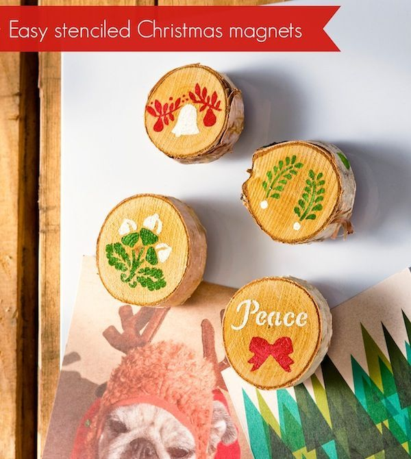 Make these easy stenciled Christmas magnets using wood discs