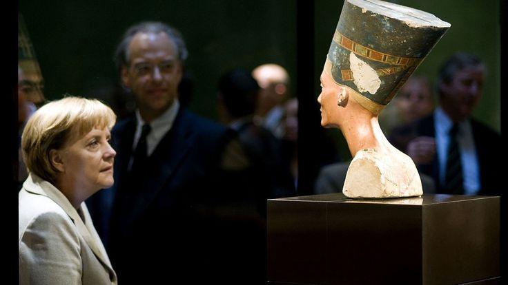Den egyptiske regjeringen ber nå offisielt om at Tyskland leverer tilbake en 3300 år gammel byste av oldtidsdronningen Nefertiti. Bysten ble i sin tid fjernet fra Egypt på ulovlig vis, blir det hevdet.