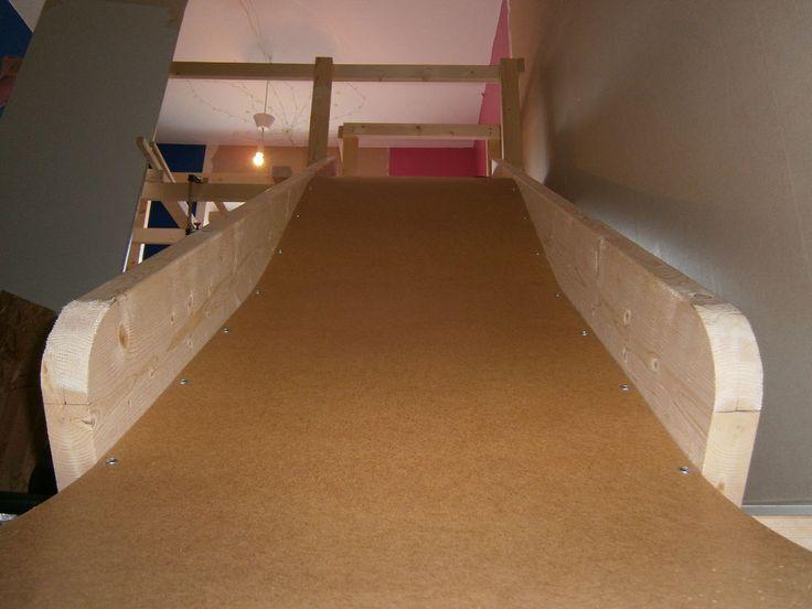 DIY indoor kids slide P4230038.JPG http://www.instructables.com/id/Make-a-indoor-slide-for-kids/#step1