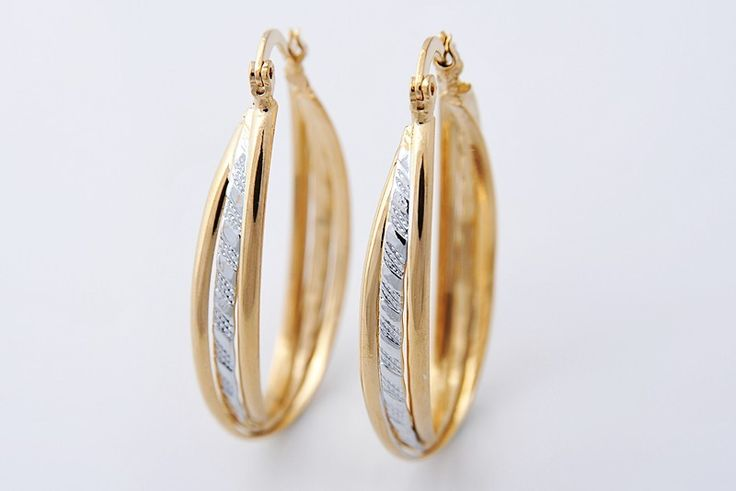 14K yellow gold-filled, long oval hoop earrings, approx 41mm x 23mm @ AUD$13.00 + postage or local pick up available (2 in stock)