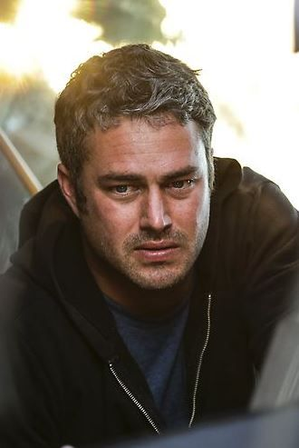 Taylor Kinney Born 15th July 1981. Plays Kelly Severide .Lieutenant Rescue Squad Co. 3 in NBC Chicago Fire.