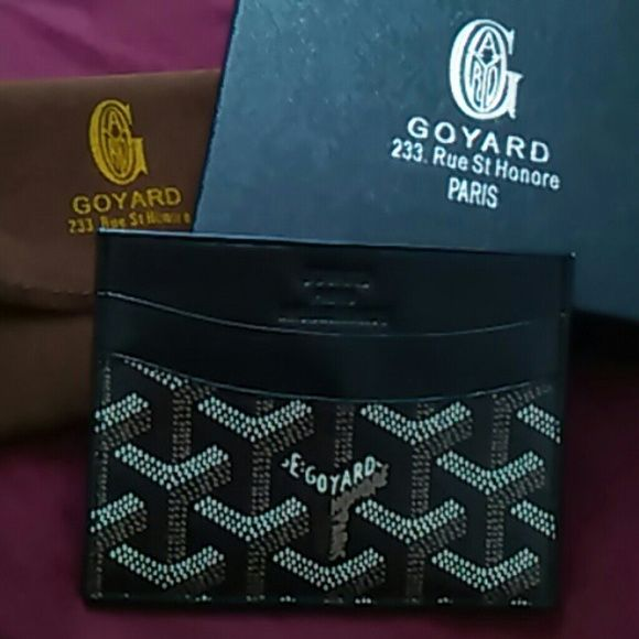 GOYARD WALLET CARD ID HOLDER GUCCI LOUIS MK KORS Selling an authentic goyard card holder, new condition, leather, purchased a saks 5th avenue in New York, was a gift never used, Accepting Offers :) :) Goyard Bags Wallets