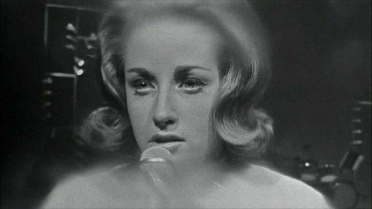 "Lesley Gore - You Don't Own Me (HD)-""and please when i go out with you, don't make me want to slay"""