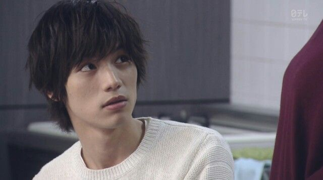 Keep thinking this guy would make a good Light Yagami, but then..... what the heck is this Light?