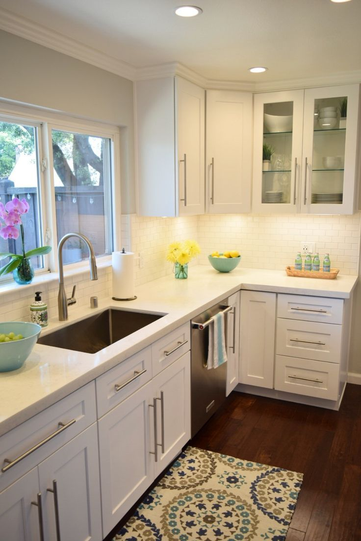 New Kitchen Reveal: A White Kitchen Is The Perfect Backdrop For Colorful  Accessories, Dishes