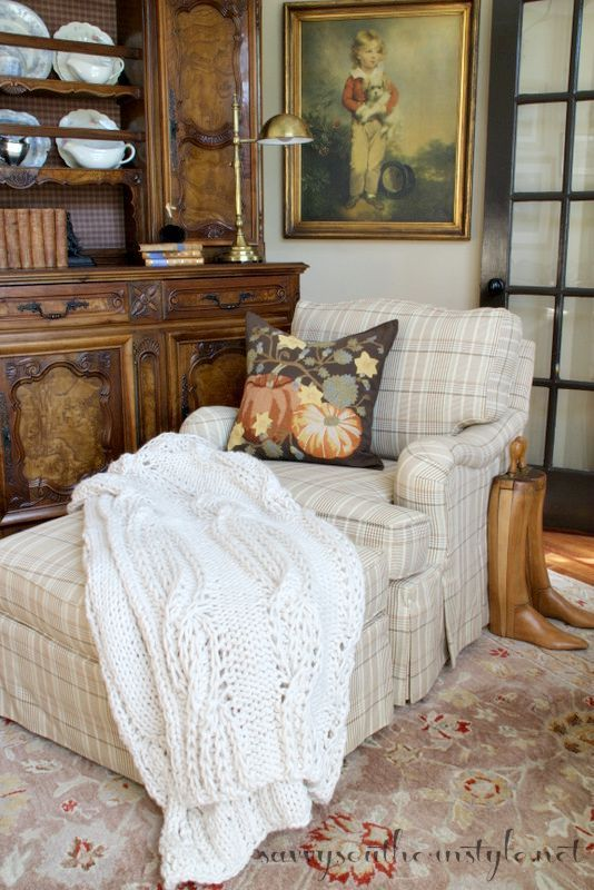 Savvy Southern Style: Cozy Fall Sitting Room